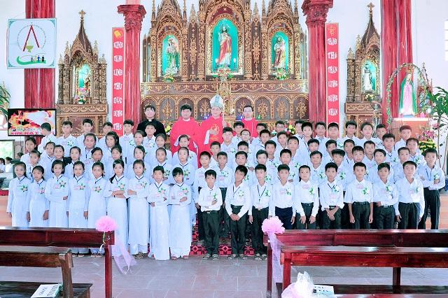 Thêm Sức tại giáo xứ tích tín